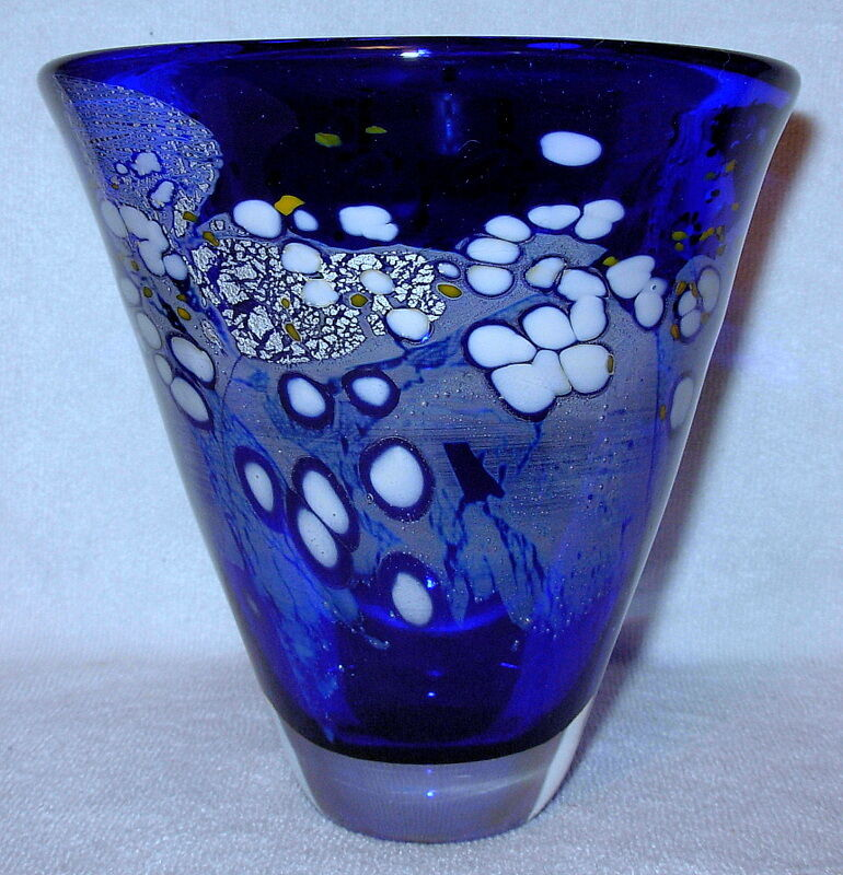 Murano Style Cone Shaped Vase 5 Tall By 5 Wide Ebay