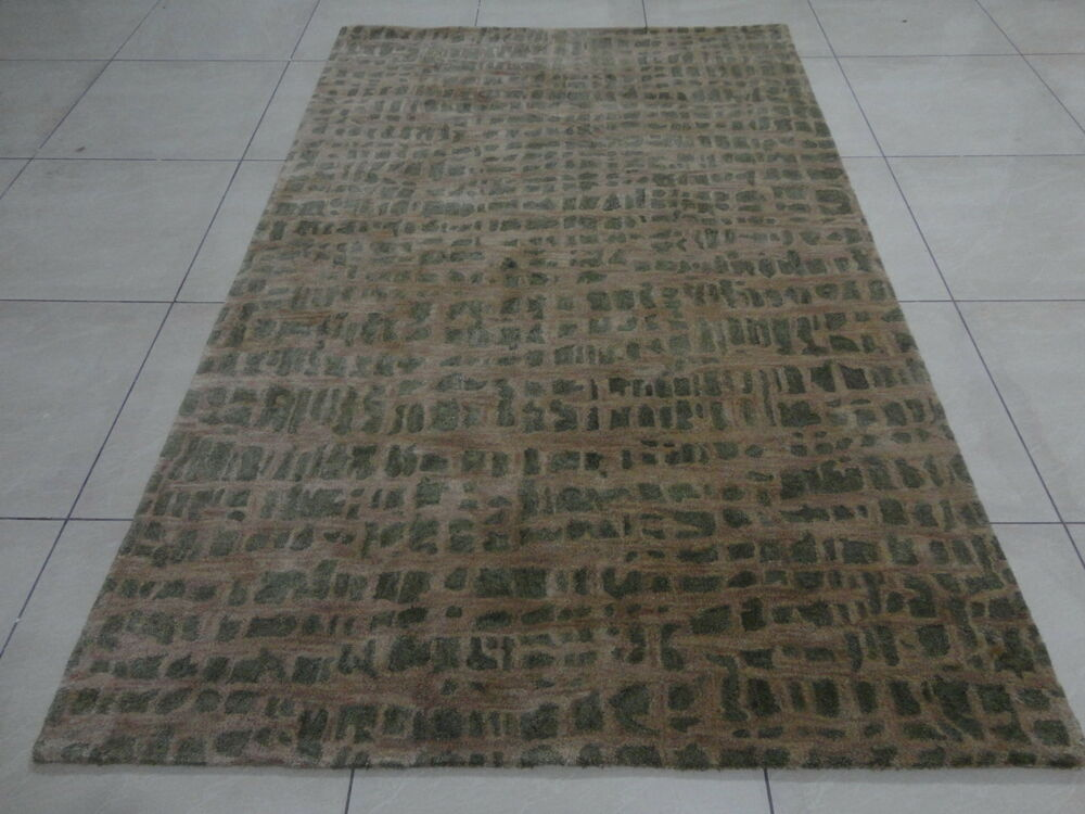 Indian hand tufted modern designer wool carpet rug for Alfombras indias