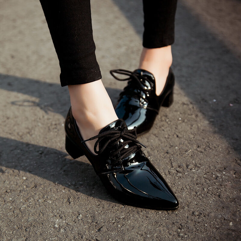 Lace Up Pointed Toe Court Shoes Black