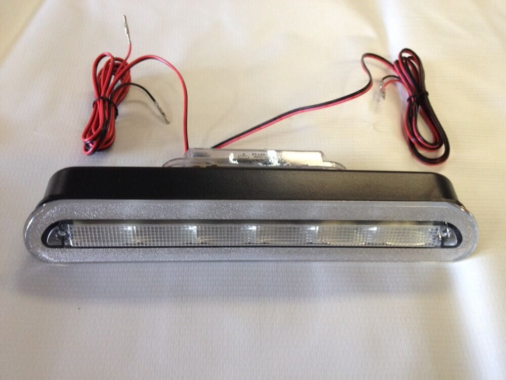Truck Cap Brake Dome Light Combo Clear Led Leer 100xq 180 180cc Ebay