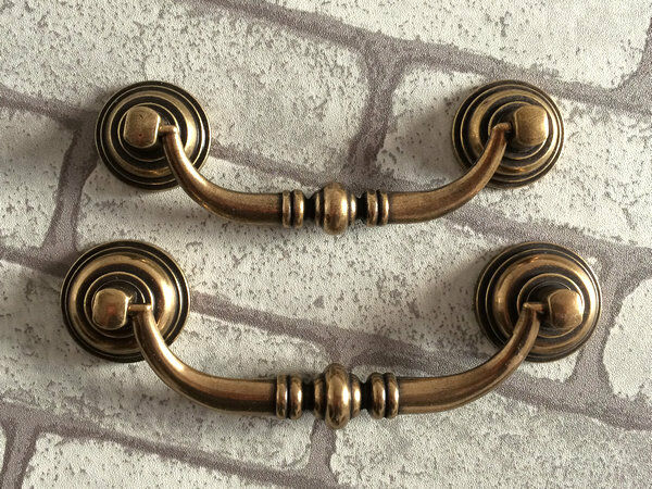 3 5 Quot 4 25 Quot Drop Bail Dresser Drawer Pull Handles Antique