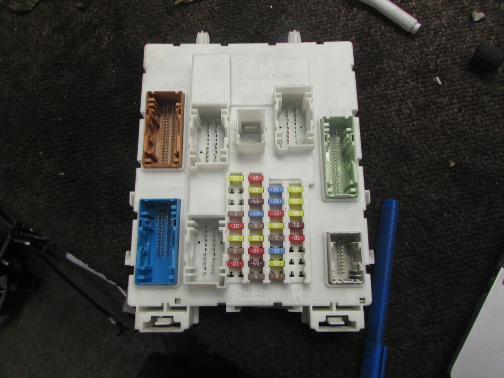 Where Is The Fuse Box Ford Focus 2012 : Ford focus tdci diesel fuse box bv n a et