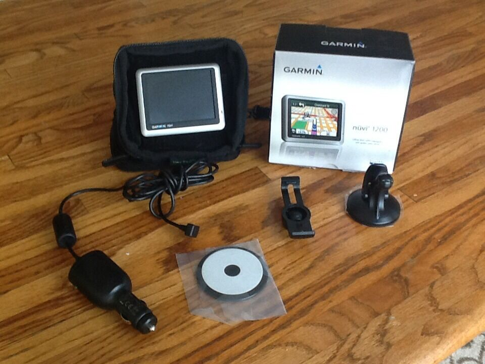 garmin nuvi 1200 navigation with accessories 753759090531. Black Bedroom Furniture Sets. Home Design Ideas