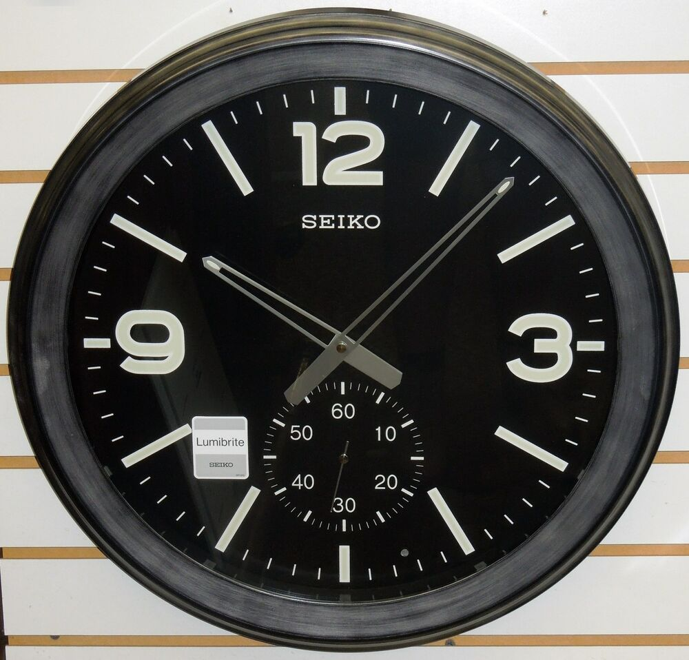 Seiko Large 20 Quot Lumibrite Wall Clock With Bottom Sweep