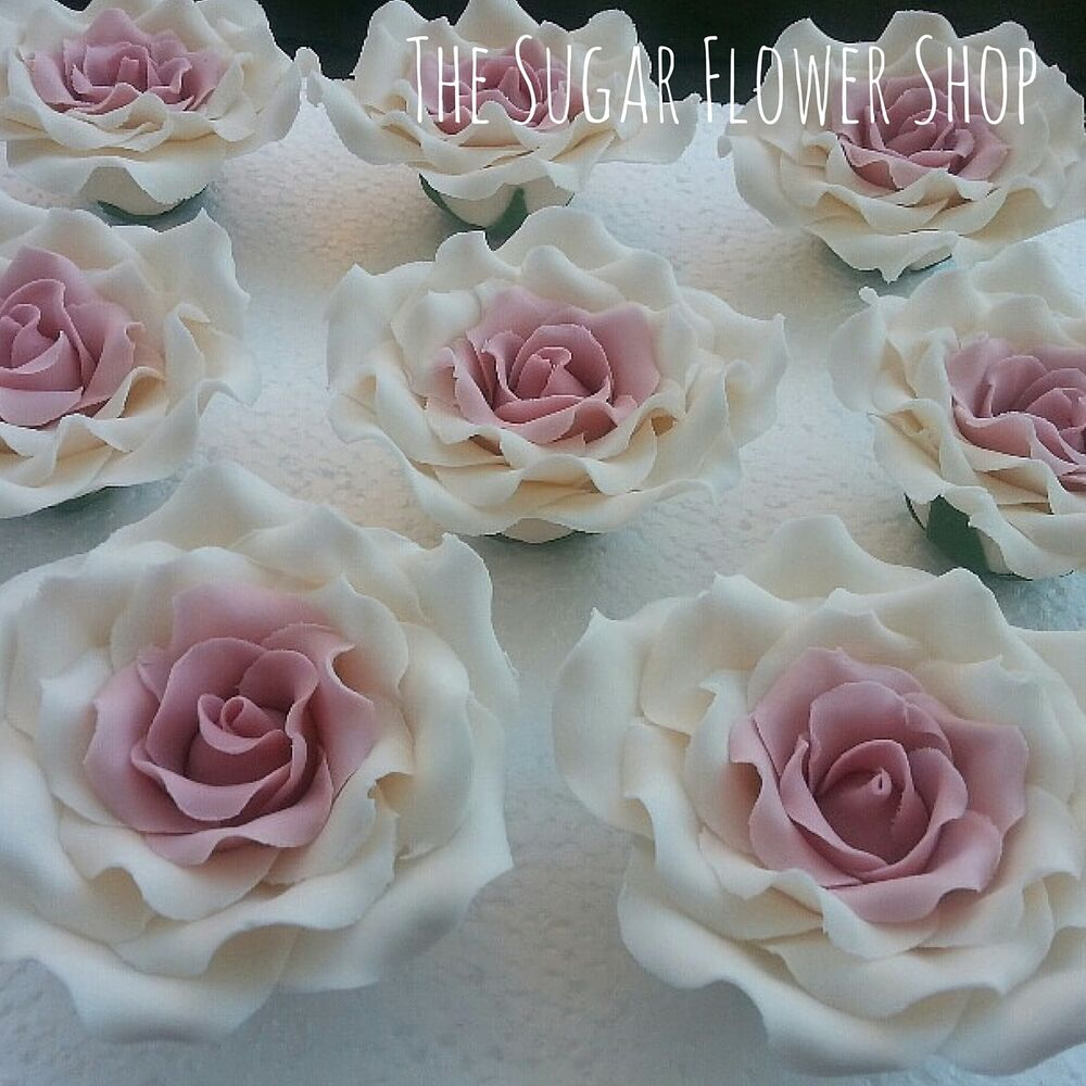 Wired Flowers Cake Decorating