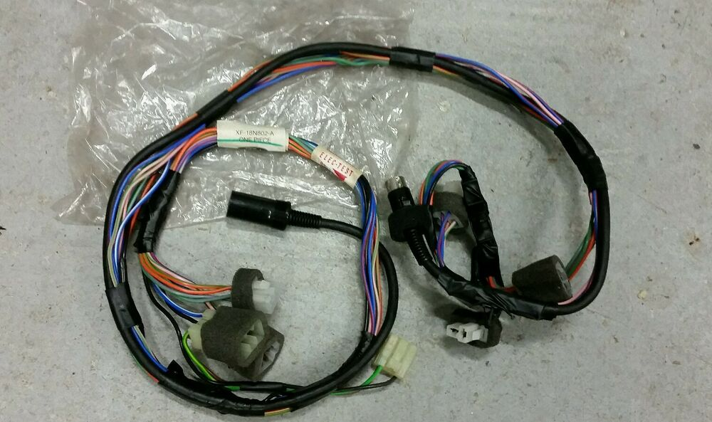 nos genuine ford radio wiring loom xf xg falcon fairmont. Black Bedroom Furniture Sets. Home Design Ideas