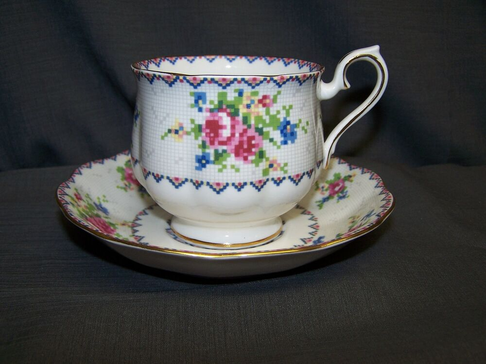 royal albert petit point china cup and saucer ebay. Black Bedroom Furniture Sets. Home Design Ideas