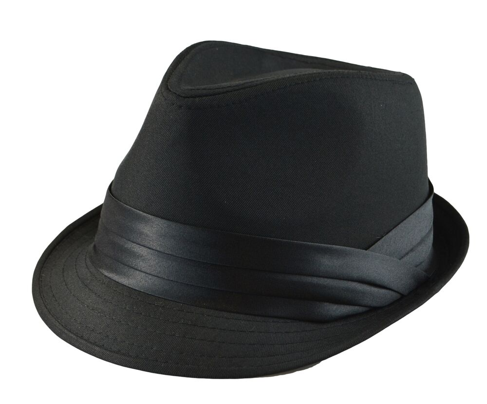 5/8 XL = 7 3/4 - 7 7/8 XXL = 8 - 8+ Made of all-natural cotton in a classic trilby fedora shape, the Essential Cotton Trilby Fedora Hat is part of New Era's modern and stylish EK collection. Crafted with a tear drop crown and stingy (i.e. short) pre-snapped brim, the Essential Fedora is.