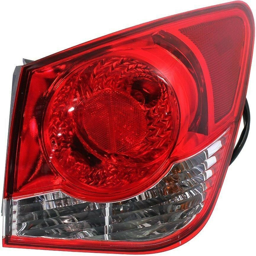 2011 2012 Chevy Cruze Tail Lamp Light Right Passenger Side