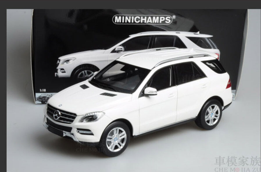 1 18 mercedes benz ml350 m klasse die cast model white ebay for Mercedes benz suv models list