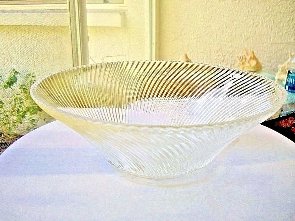 Federal glass diana pattern large centerpiece bowl