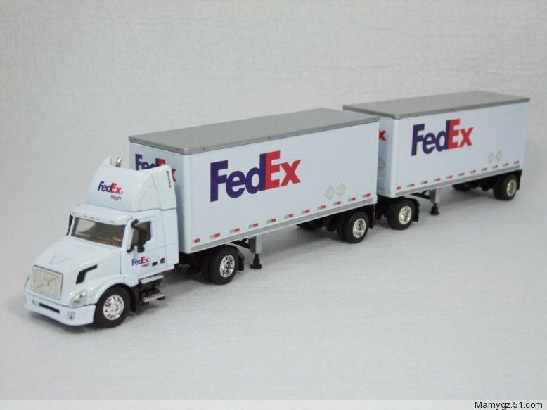 164 dg fedex federal express volvo double container