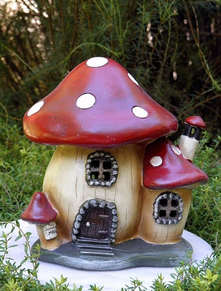 Miniature dollhouse fairy garden gnome mushroom house for Jardin decor 37
