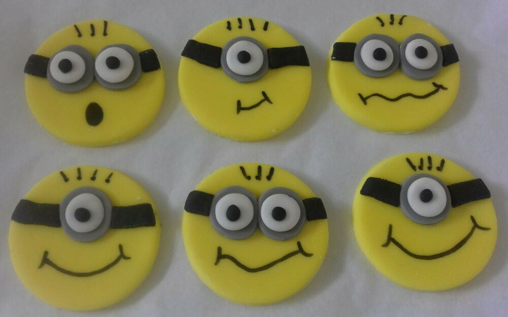 despicable me wedding cake topper 6 minions despicable me edible sugar cake cupcake topper 13494