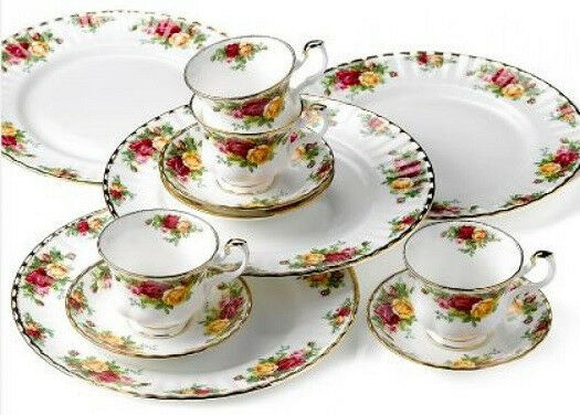 old country roses 12 pc dinnerware set service for 4 dining bone china dishes ebay. Black Bedroom Furniture Sets. Home Design Ideas