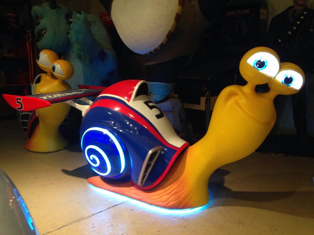 life size dreamworks turbo the snail movie theater display