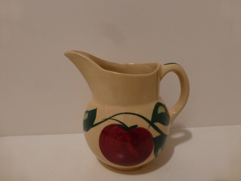 Vintage watt pottery milk cream pitcher apple pattern for Pottery patterns