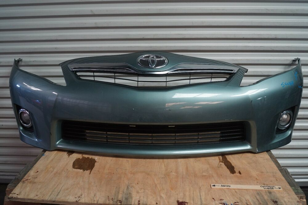 2010 2011 toyota camry xle front bumper cover w grille w. Black Bedroom Furniture Sets. Home Design Ideas