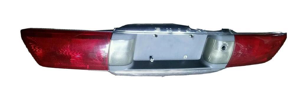 00 05 Buick Lesabre Trunk Center Tail Light Taillight Lamp Panel Embly Rear Ebay