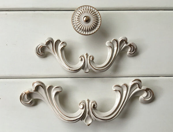 2 5 Quot 3 75 Quot Dresser Pull Drawer Pull Cabinet Handle Cream