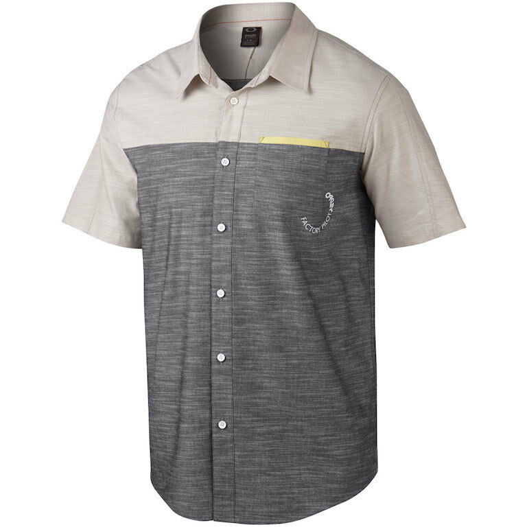 Oakley Men 39 S Fakie Woven Pilot Collection Button Up Short