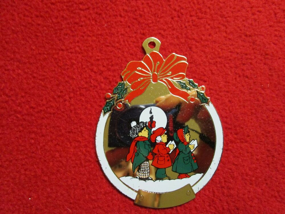 Gloria duchin christmas ornament christmas caroling for Holiday christmas ornaments