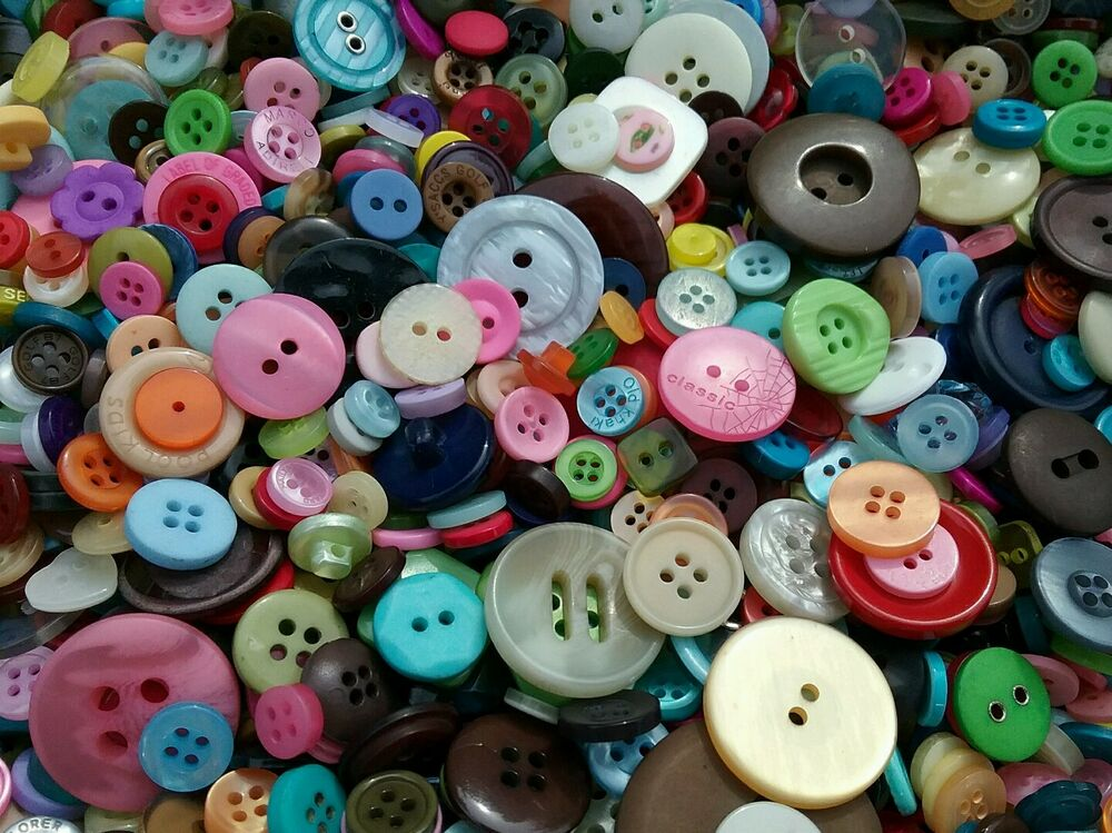 Sewing button mix 1 bulk lots of 100 200 400 500 ebay for Wholesale craft supplies in bulk