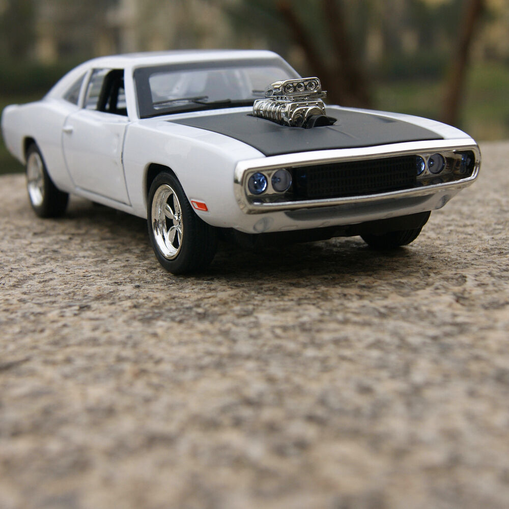 1970 DODGE CHARGER 1:32 MUSCLE Model Cars Alloy Diecast