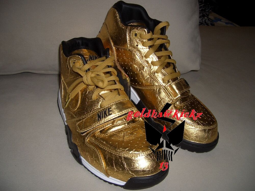 Nike Air Trainer 1 Premium Trainer QS NFL Super Bowl 50  GOLD foil 840169-700