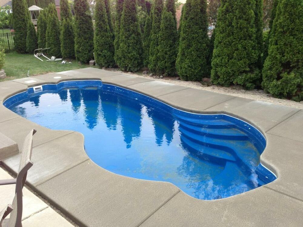 In ground fiberglass pool leading edge st clair do for Inground swimming pools sale