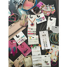 JUNIORS GIRLS JEWELRY MIXED ACCESSORY RANDOM LOT OF 21 NECKLACE EARRING TARGET