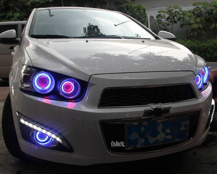 white chevy aveo with 262394475331 on Llega Chevrolet Cavalier 2018 Con Transmision Manual further 2007 likewise 37qo5 Looking Wiring Diagram Pin Outs Audio System furthermore Sparkbeat2018 likewise Photoshop Reveals 2011 Chevy Aveo Behind The Camo.