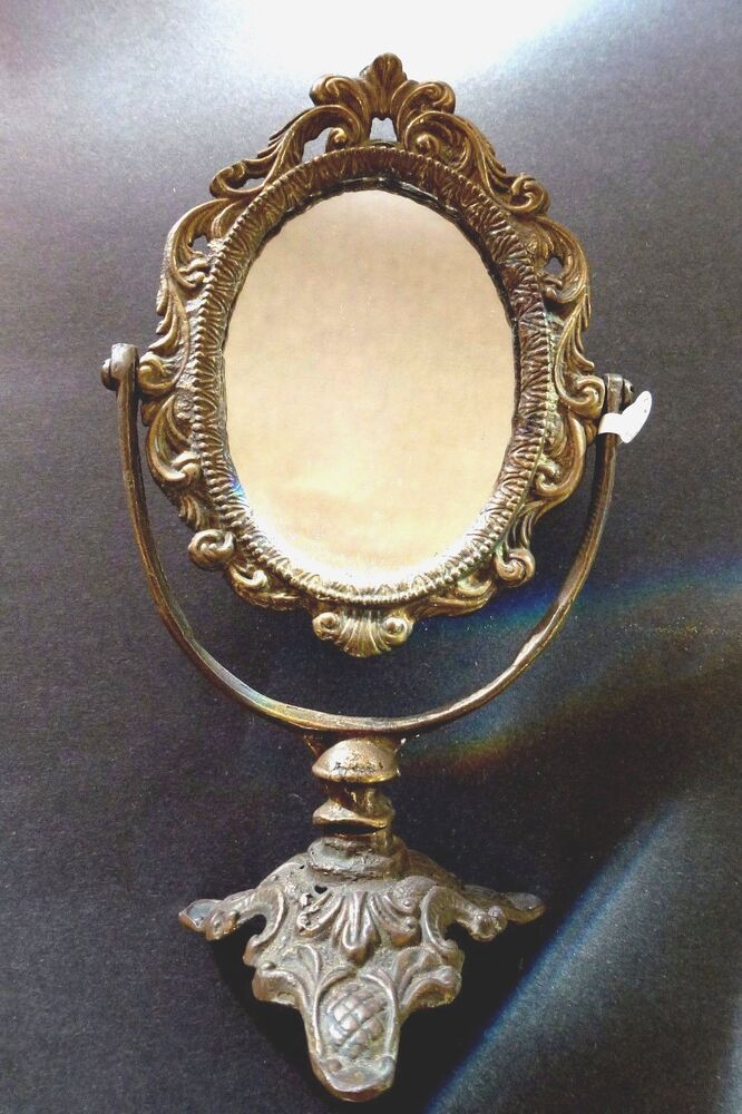 beautiful antique solid brass oval vanity table top mirror with stand ebay. Black Bedroom Furniture Sets. Home Design Ideas