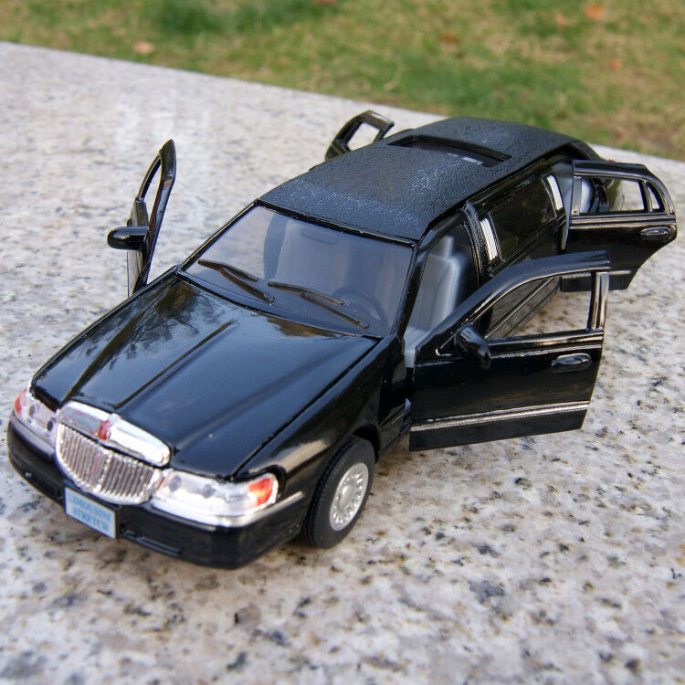 Kinsmart 1999 Lincoln Town Car Stretch Limousine 1 38 Diecast Black Toys Gifts Ebay
