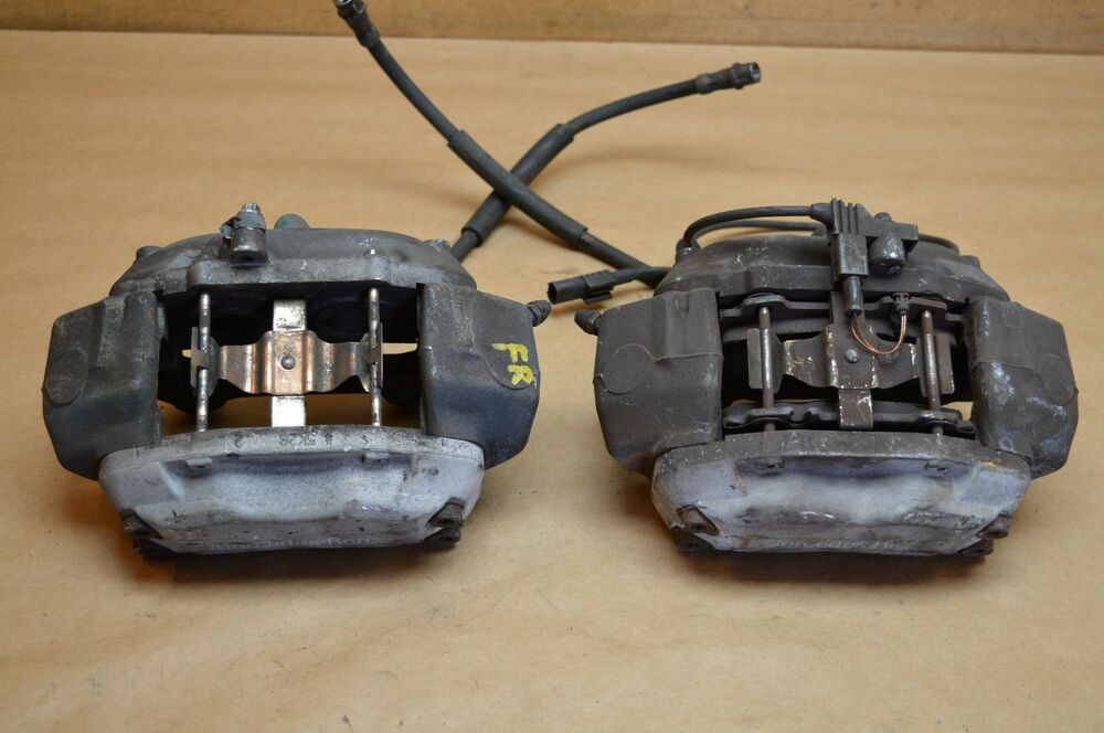 2006 w219 w211 mercedes cls500 e350 front left right brake calipers pair oem 2 ebay. Black Bedroom Furniture Sets. Home Design Ideas