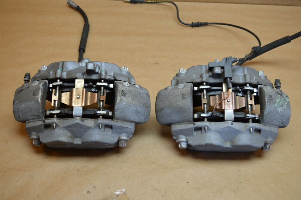 07 09 w219 w211 mercedes cls550 e550 amg front brake calipers left right used ebay. Black Bedroom Furniture Sets. Home Design Ideas
