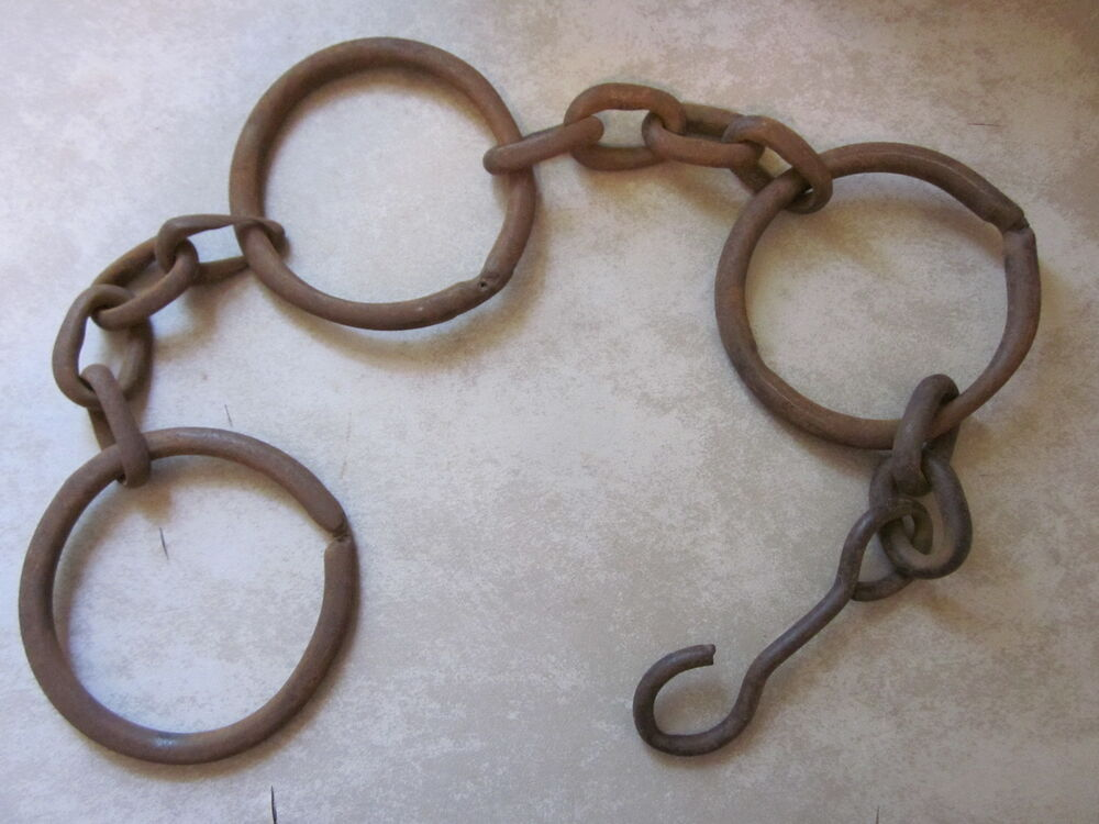 Antique Farm Chain : Antique farm horse drawn seeding drill chains that drug