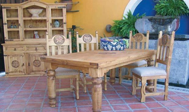 Honey Rustic Dining Room Set Very Nice Solid Real Wood