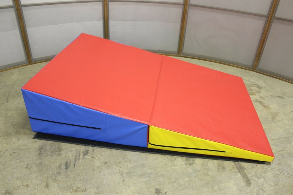 Gymnastics Folding Wedge 72x47x16 Mat Pad Tumbling New