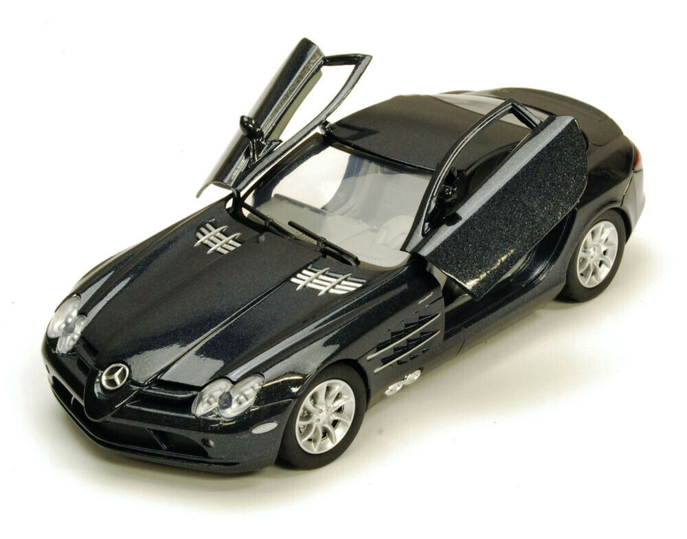 Mercedes benz slr mclaren black motormax 73306 1 24 scale for Diecast mercedes benz