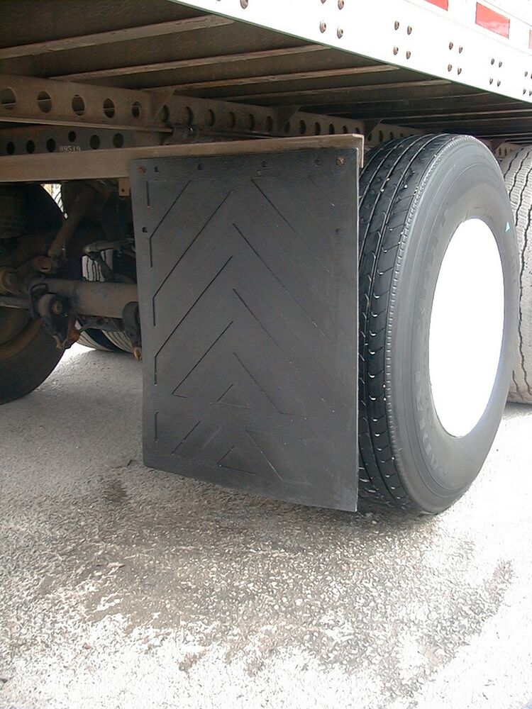 """Set of Two (2) NEW Rubber Universal MudFlaps 24""""x30"""" Truck"""