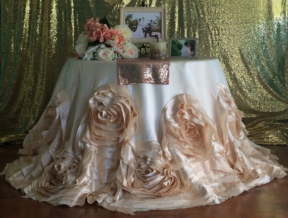 108 Quot Champagne Rose Tablecloth Champagne Rosette