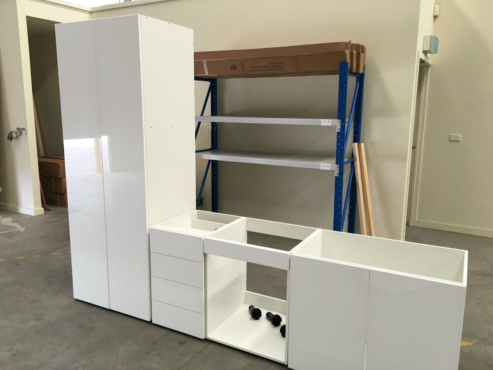 Complete kitchen cabinets flat pack kitchen cabinets ebay for Complete kitchen cupboards