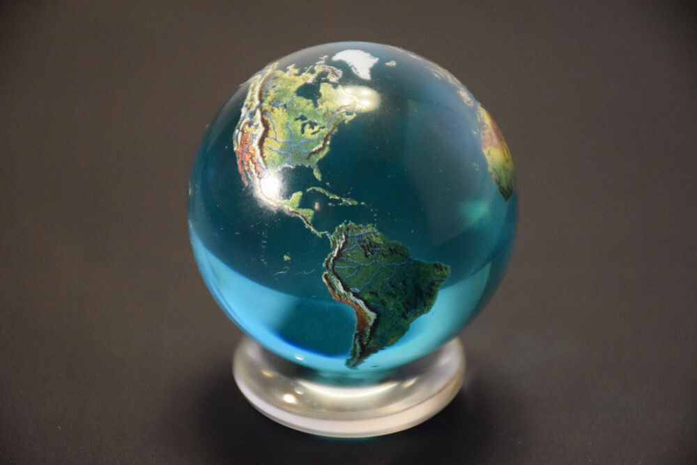 Beautiful 2 Quot Crystal Glass Earth Globe Marble Sphere