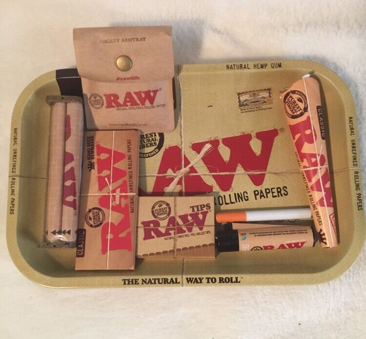 Raw 7x11 Tray Bundle King Cone Amp King Supreme Papers 110mm
