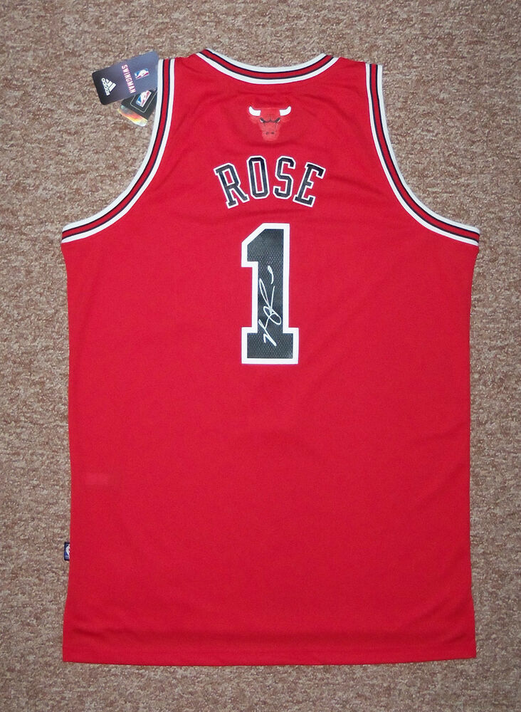 eceb596bf34 Details about Chicago Bulls  1 DERRICK ROSE Signed Autographed EVO 30 Jersey  COA PROOF! MVP!