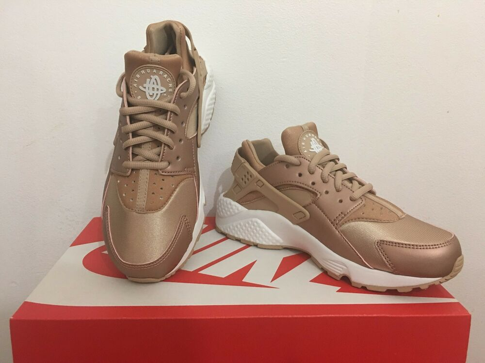 nike air huarache wmns rose gold white copper bronze. Black Bedroom Furniture Sets. Home Design Ideas