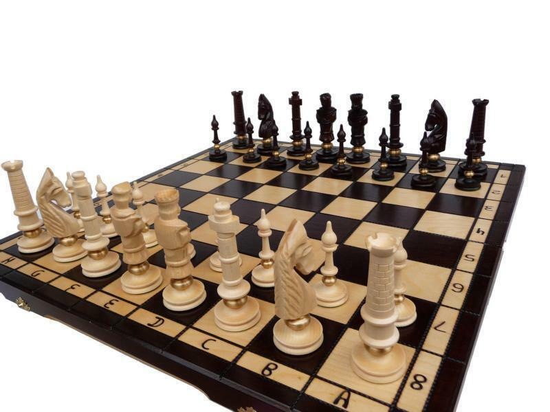 schach ein edel schachspiel holz mit messing chess geschenkidee ebay. Black Bedroom Furniture Sets. Home Design Ideas