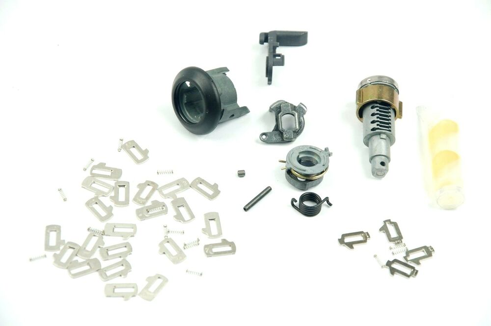 GENUINE BMW 3 Series E30 Front Door Lock Cylinder Right Repair Kit 5121906134