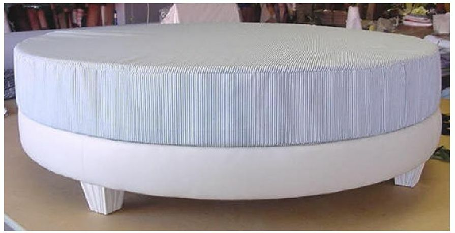 84 Round Latex Memory Foam Mattress Platform Bed Frame